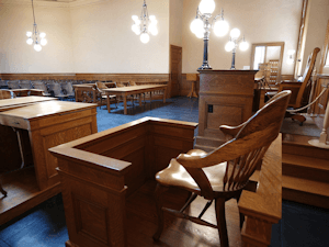 dupage-county-courtroom